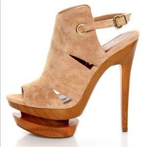 Jessica Simpson tan JS-Cat platform heels, 8B